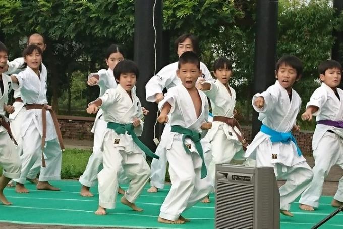平成29年8月26日 ふじの木台でセンター南支部演武